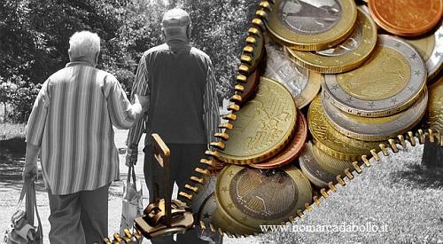 anziani in pensione con il pensiero dei soldi